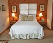 Lounge Inside Our Outside In Our Sandpiper Room. - The Cove B&B