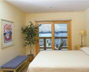 Weekly Suite Rentals - Captain's Landing Waterfront Inn