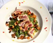 Yellowfin Tuna or Beef Tenderloin Salad - Dajio Restaurant