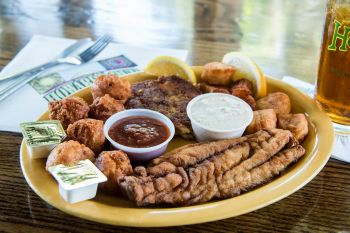 Howard's Pub, Build Your Own Seafood Platter