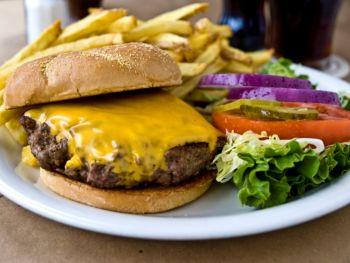 Ocracoke Oyster Company, Barefoot Burger
