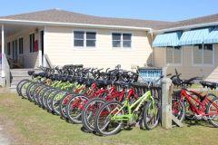 Bike rentals at Pony Island Motel