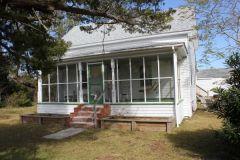"Exterior of ""Mr. Billy's"" Cottage - Pony Island Motel"