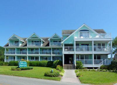 Exterior of Ocracoke Harbor Inn