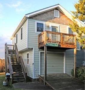 Exterior of Treasure Chest Cottage - Ocracoke Harbor Inn
