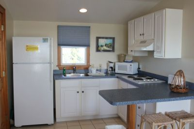 Poolside kitchen at Pony Island Motel